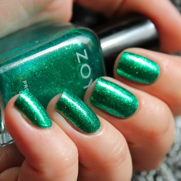 A swatch on the nails with Zoya Ivanka
